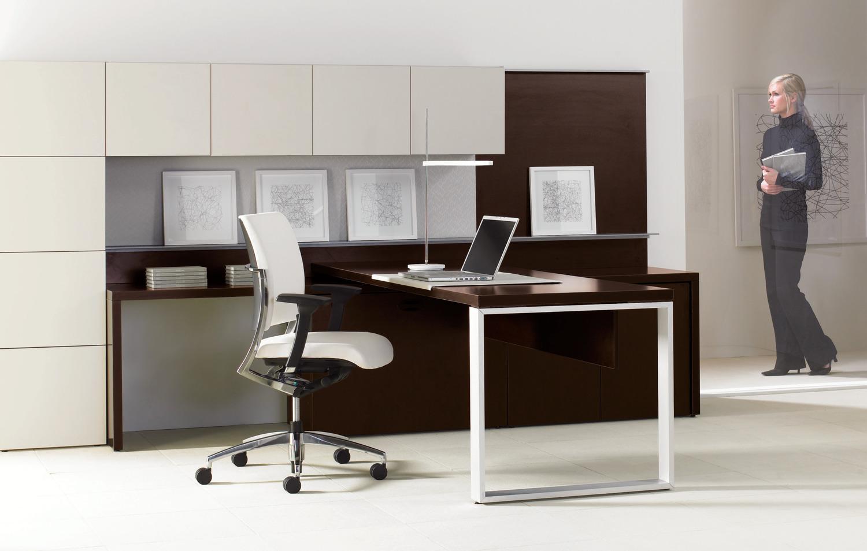 Expansion Desking Teknion